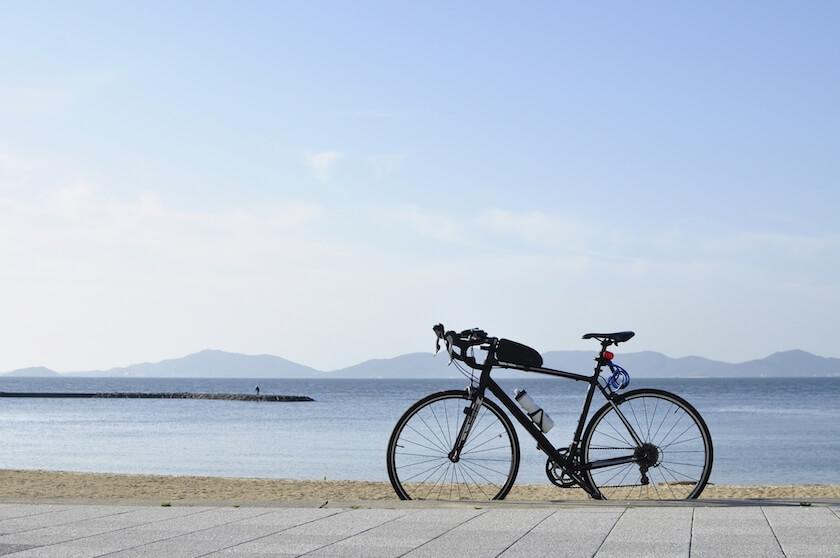 砂浜に自転車